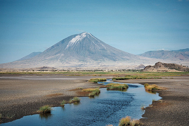 640px-Lengai_from_Natron