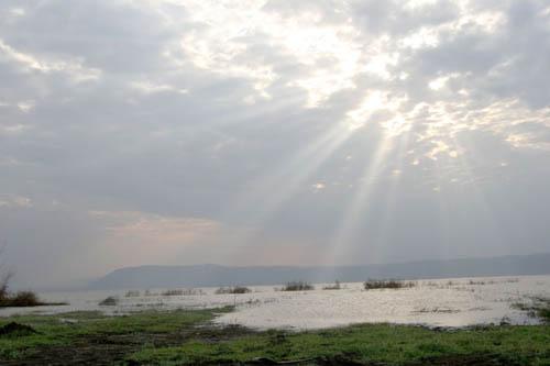 Lake_Eyasi-1